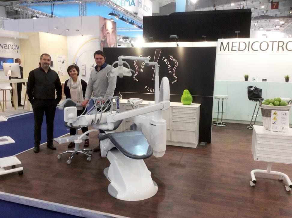 VITALI T5 EVO PLUS - Medicotronix at Dentex 2016