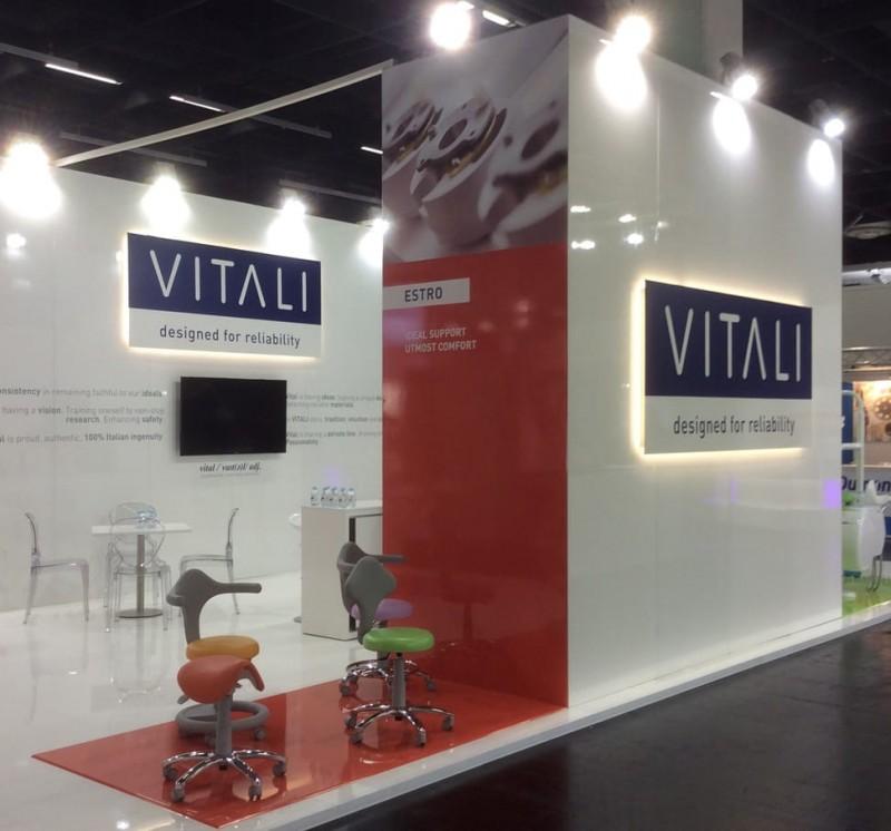 VITALI ESTRO stools at IDS 2017 (Cologne)
